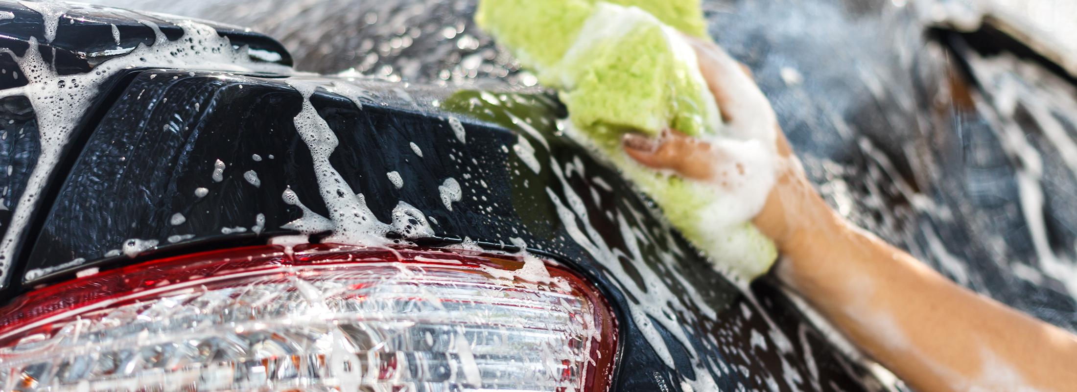Pris på innvendig rens av bil